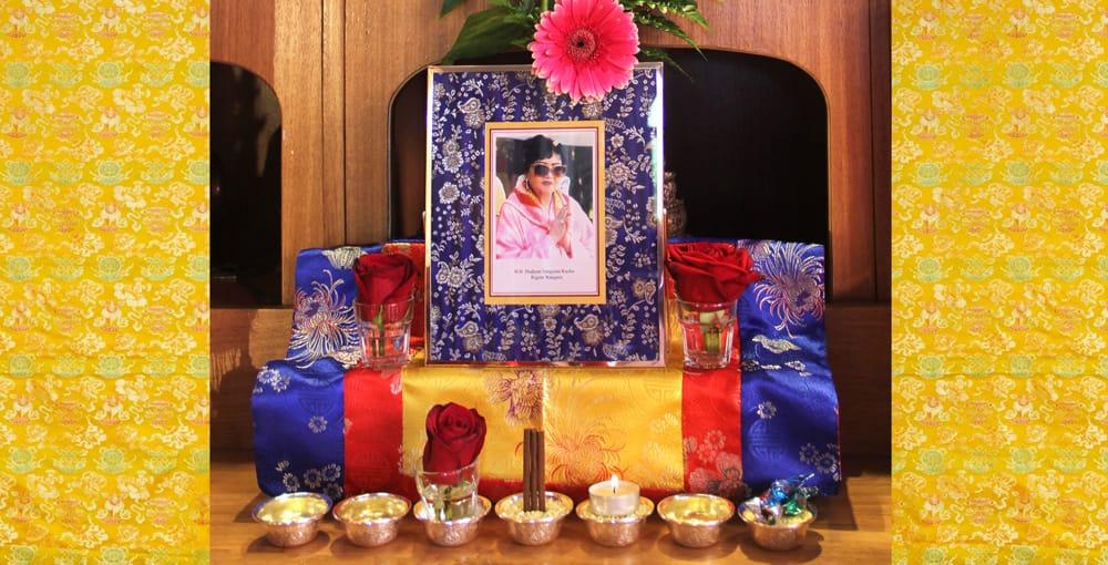 Aniversario del Mahaparinirvana de Dudjom Sangyum Kusho Rigdzin Wangmo