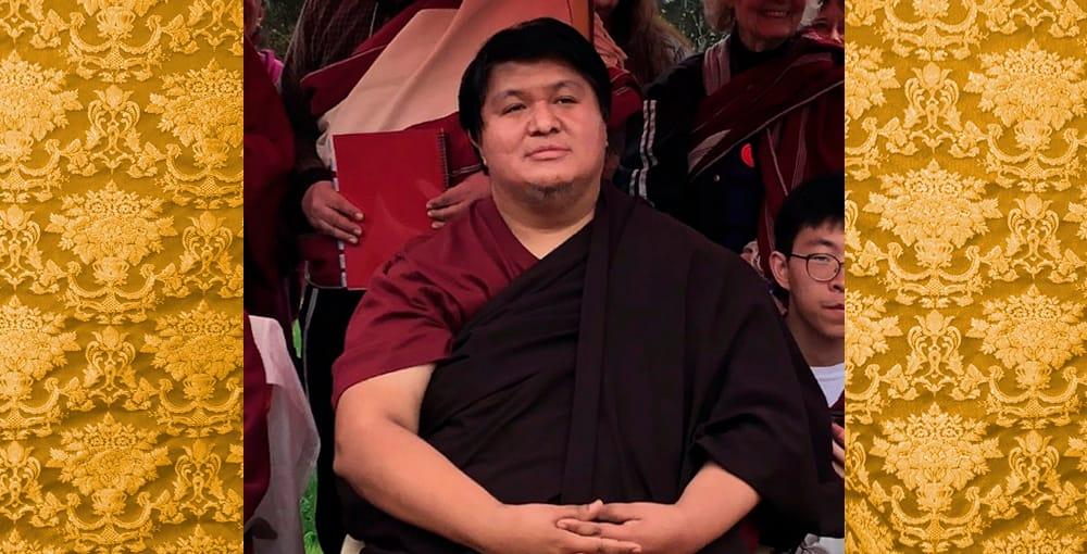 Long life ceremony for H.E. Dungse Namgay Dawa Rinpoche