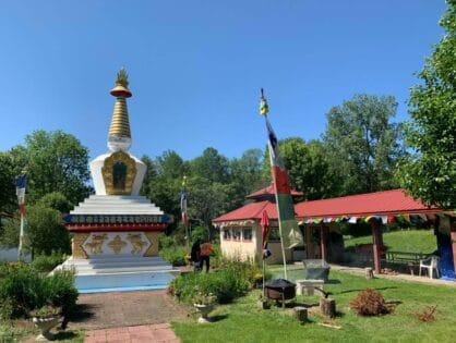 Renovación de la estupa de la paz de Kyabjé Dungse Shenphen Dawa Norbu Rimpoché